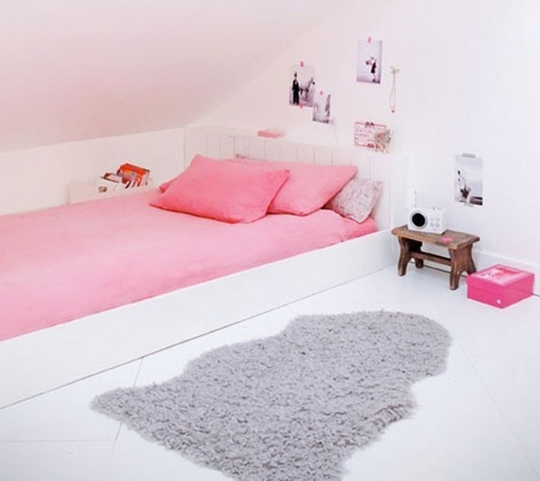 children's attic bedroom ideas - MONTESSORI FLOOR BED